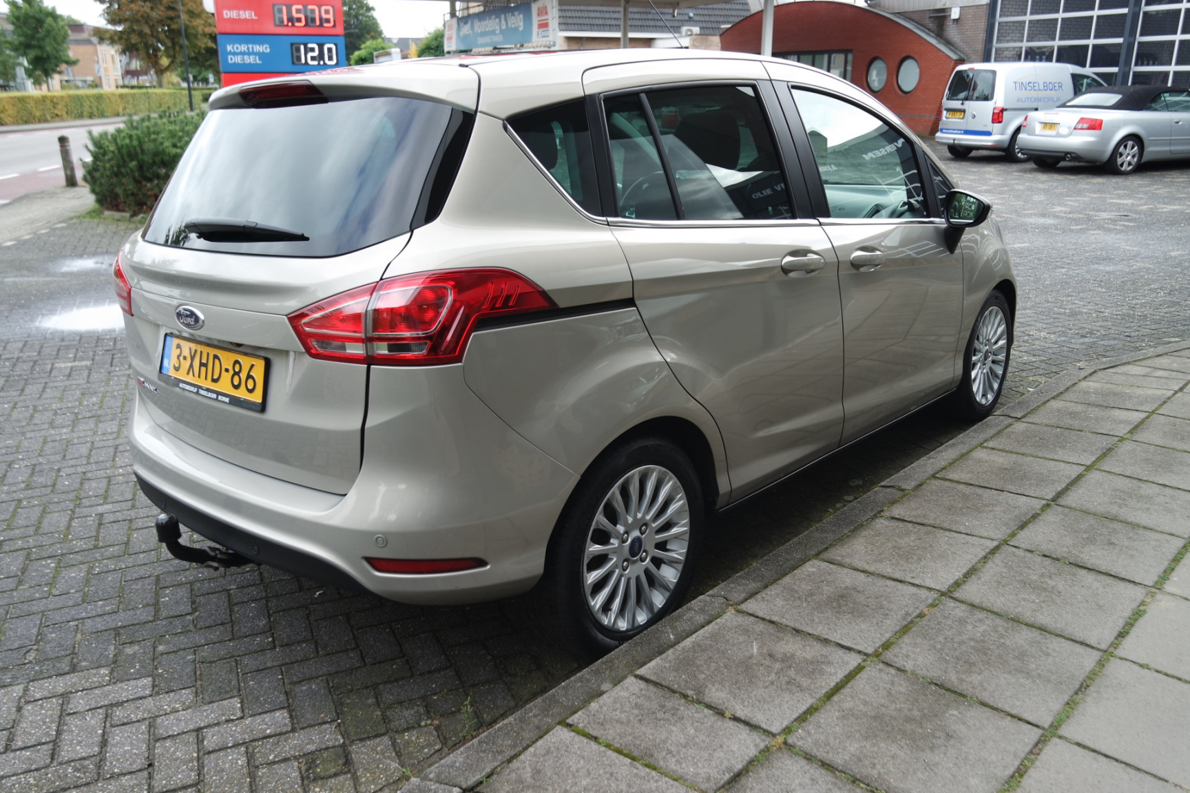 Ford-B-MAX-4