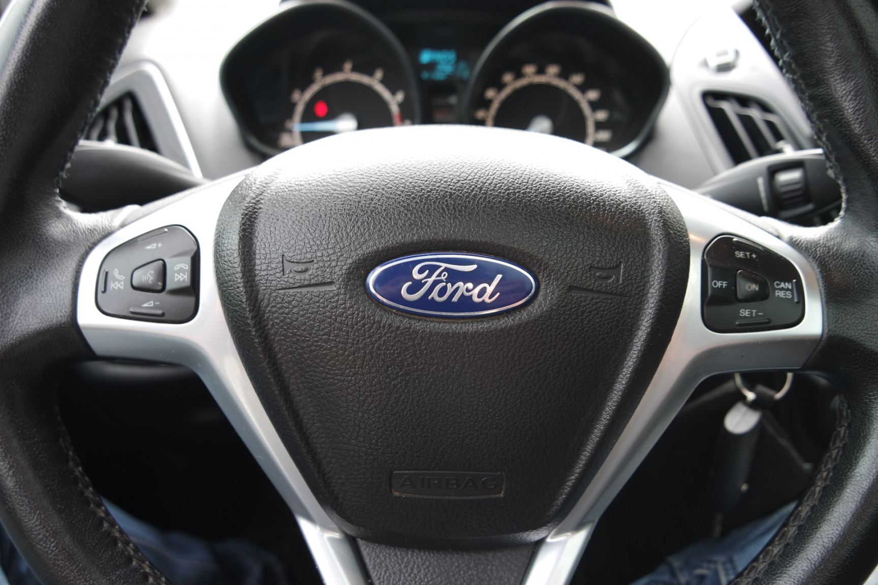 Ford-B-MAX-18